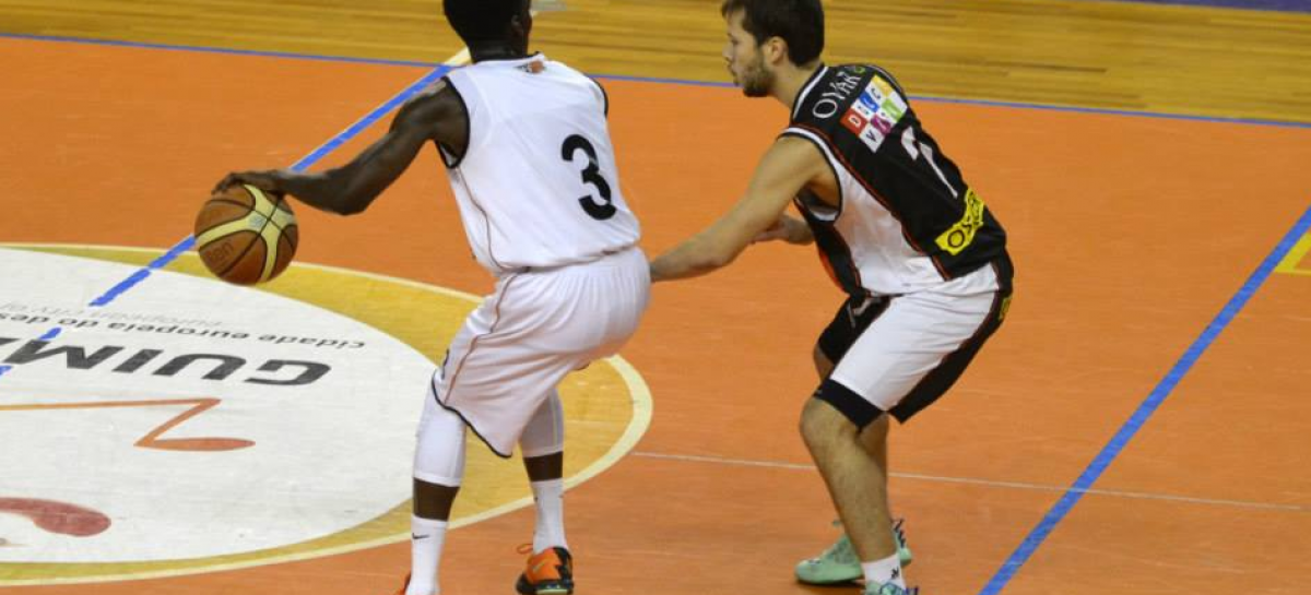 BASQUETEBOL: Derrota no segundo jogo do playoff